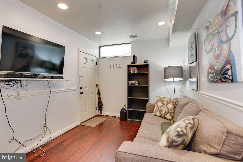 Living Area - 1138 FLORIDA AVE NE #1, WASHINGTON