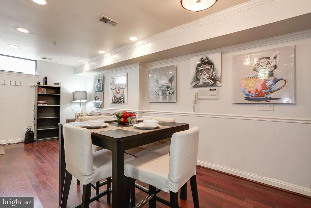 Living-Dining combination area - 1138 FLORIDA AVE NE #1, WASHINGTON