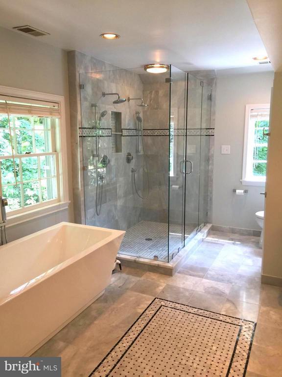 Bath (Master) - 3140 ABERFOYLE PL NW, WASHINGTON