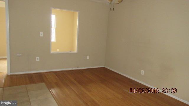 Living Room - 1240 18TH ST NE #4, WASHINGTON
