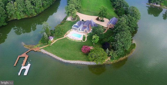 Single Family Homes للـ Sale في Mathews, Virginia 23109 United States
