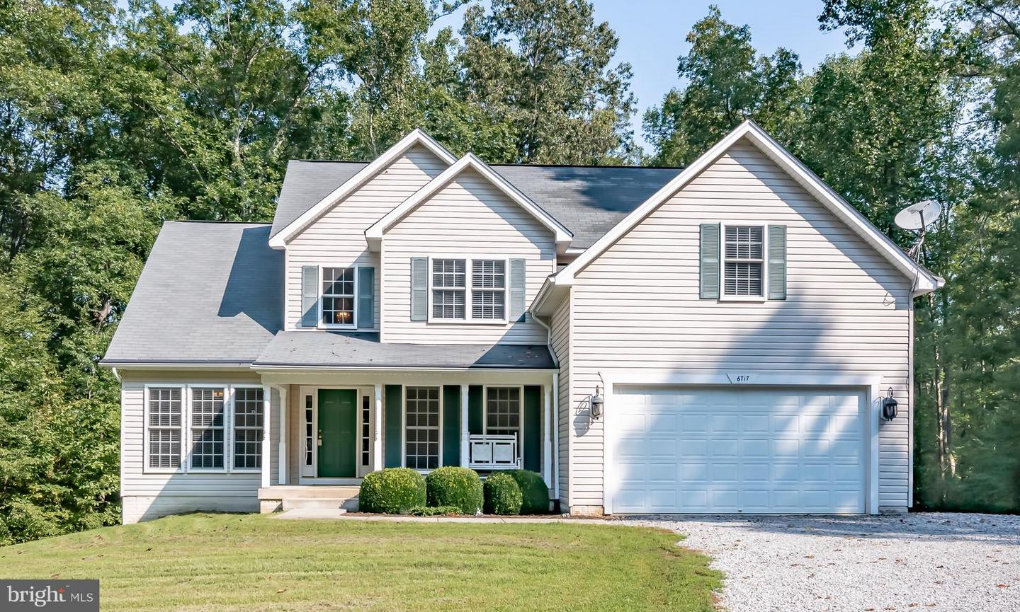 Single Family for Sale at 6717 Water View Ln Mineral, Virginia 23117 United States