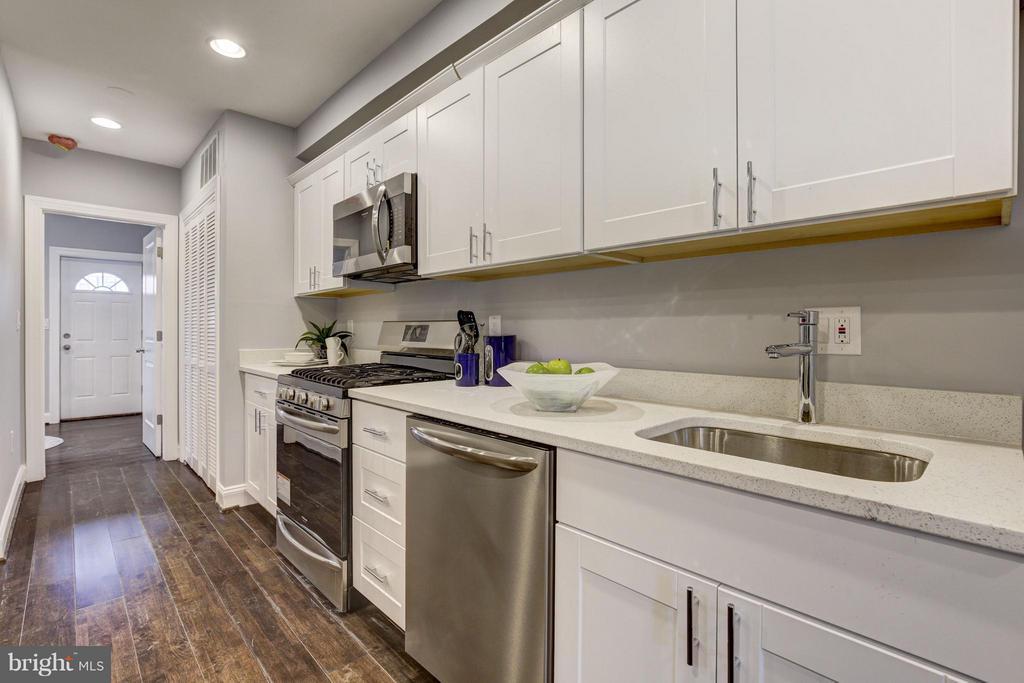 Kitchen - 1725 TRINIDAD AVE NE #4, WASHINGTON