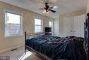 Bright and airy owners suite - 9094 FLORIN WAY, UPPER MARLBORO