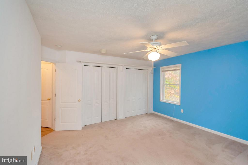Bedroom #3 with double closets - 118 JEFFERSON AVE, LOCUST GROVE