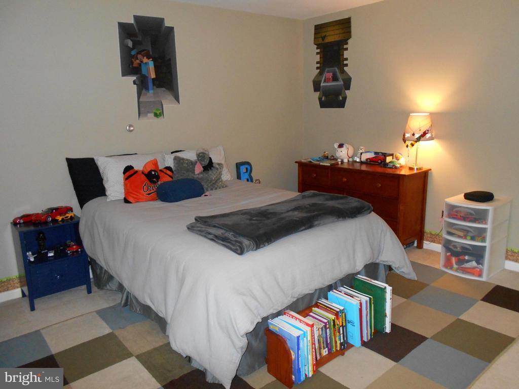 Bedroom #3 - 1020 STONINGTON DR, ARNOLD