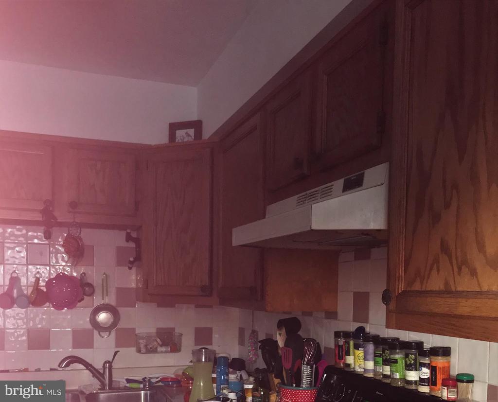 Kitchen - 214 CHOPTANK RD, STAFFORD