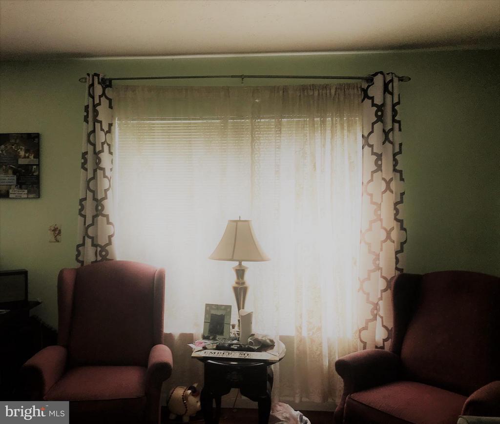 Family Room - 214 CHOPTANK RD, STAFFORD