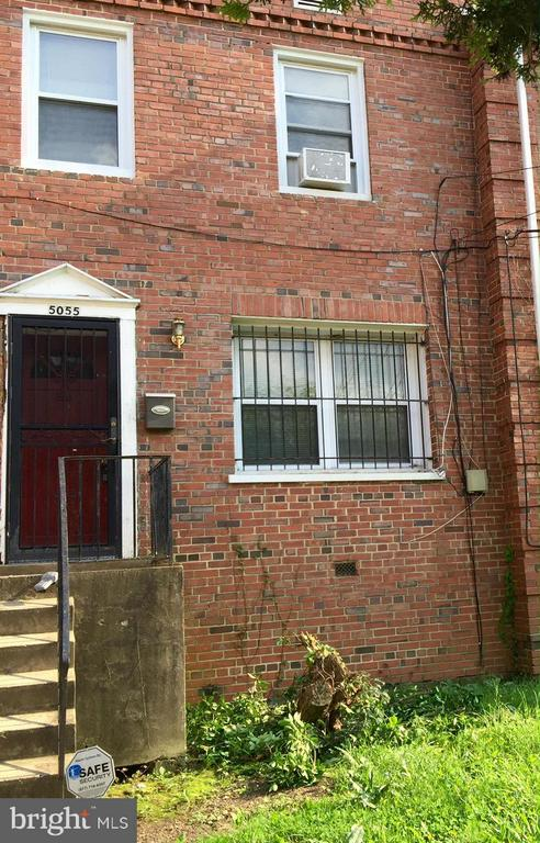 Exterior (Front) - 5055 SHERIFF RD NE, WASHINGTON