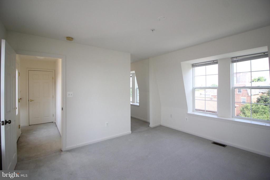 Bedroom (Master) - 1611 FAIRMOUNT AVE, BALTIMORE