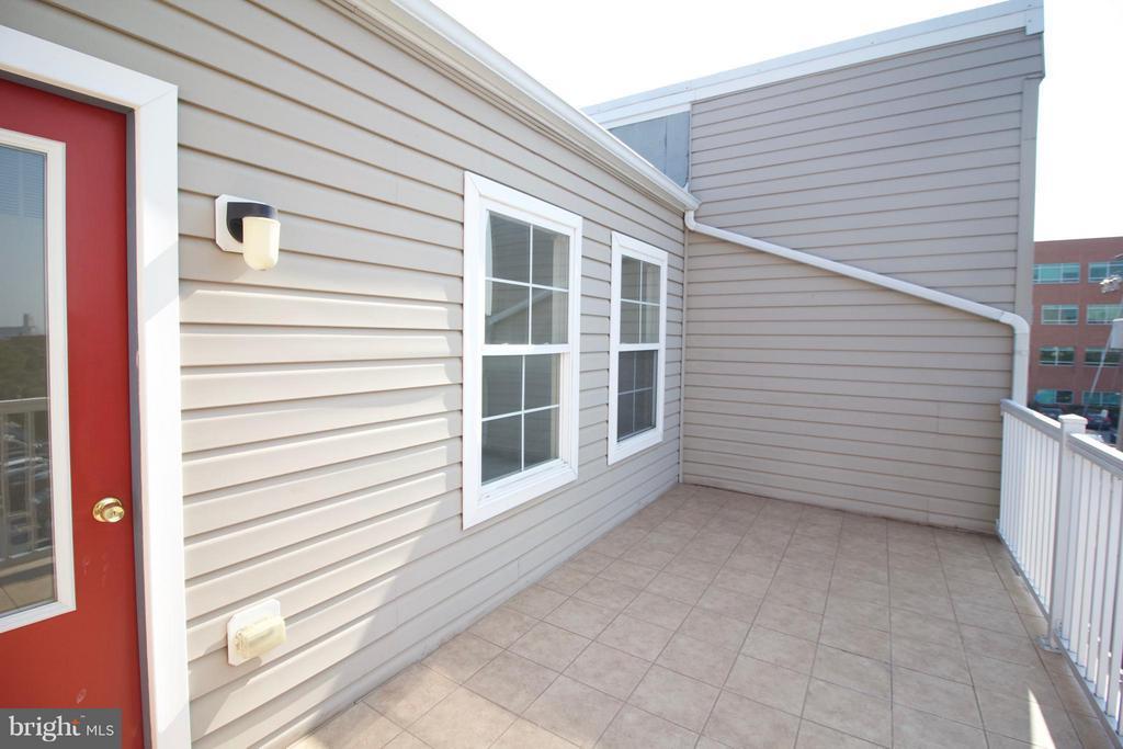 Exterior (Rear) - 1611 FAIRMOUNT AVE, BALTIMORE