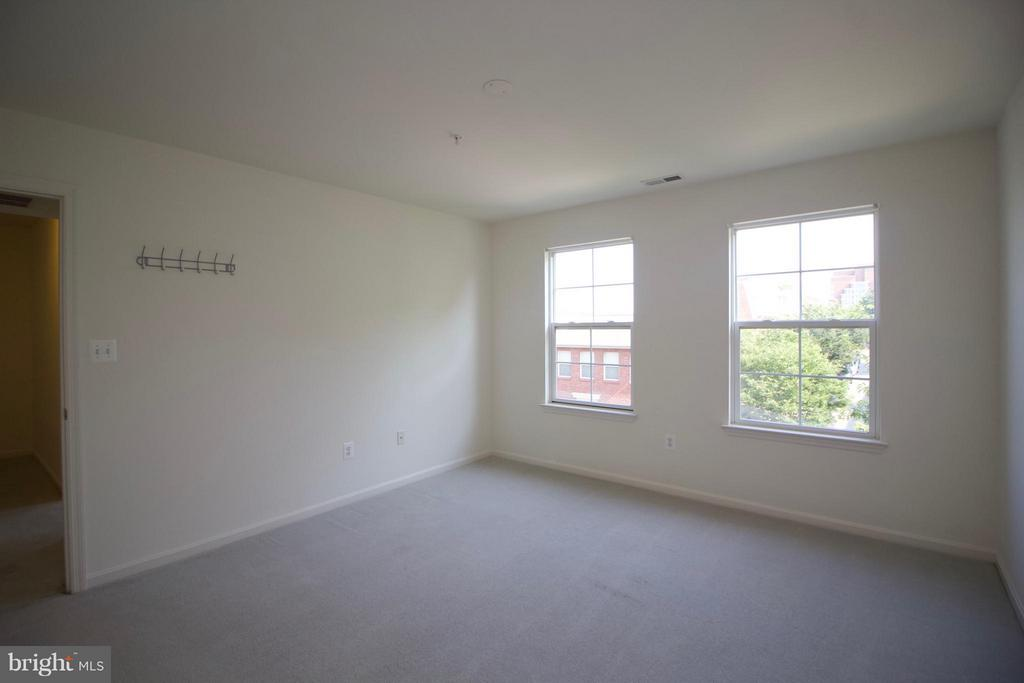 Bedroom - 1611 FAIRMOUNT AVE, BALTIMORE