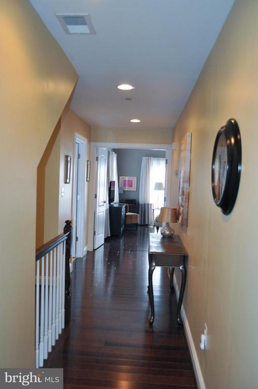 Hallway leading to the 2nd level bedrooms - 6134 NEW HAMPSHIRE AVE NE, WASHINGTON