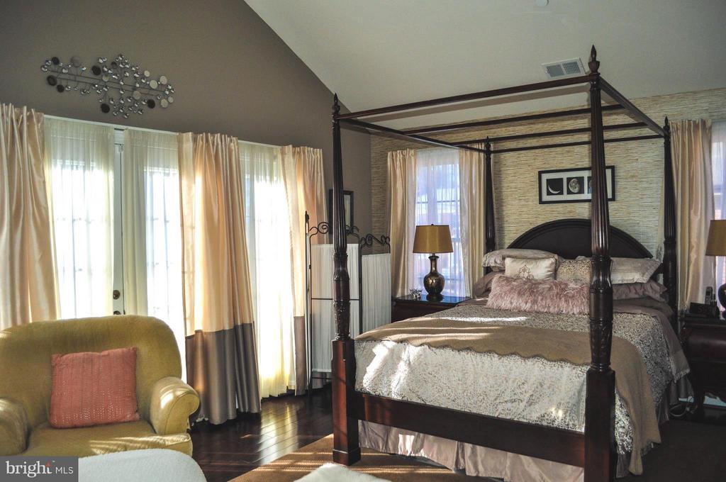 Bedroom (Master) - 6134 NEW HAMPSHIRE AVE NE, WASHINGTON