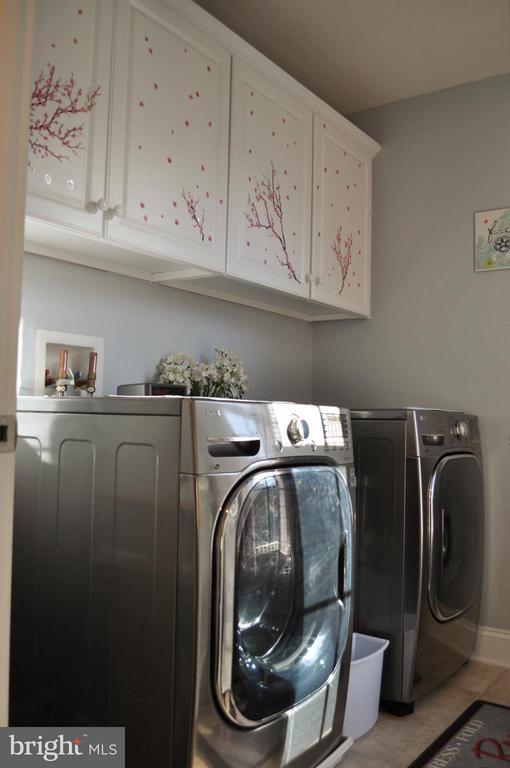 Second floor laundry room - 6134 NEW HAMPSHIRE AVE NE, WASHINGTON