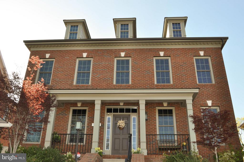 Exterior (Front) - 6134 NEW HAMPSHIRE AVE NE, WASHINGTON