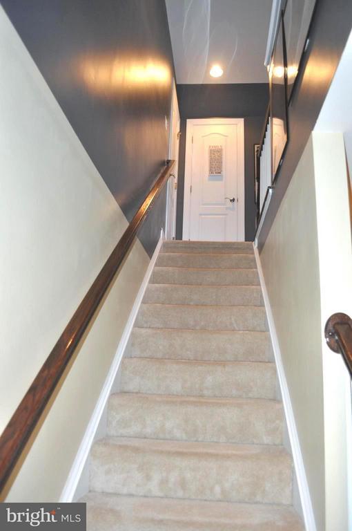 Stairway to the loft - 6134 NEW HAMPSHIRE AVE NE, WASHINGTON