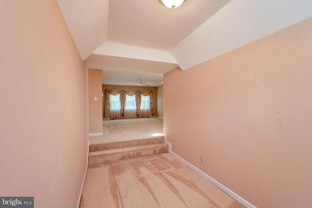 View to bedroom area from sitting~room - 5807 WESTCHESTER ST, ALEXANDRIA