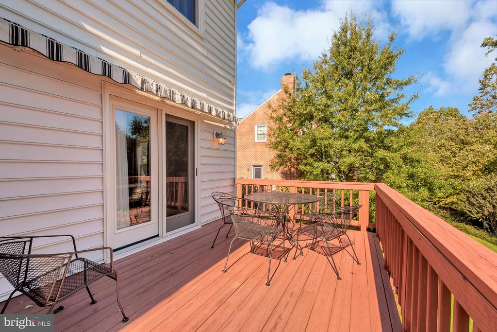 Doors leading to Formal dining room from deck - 5807 WESTCHESTER ST, ALEXANDRIA