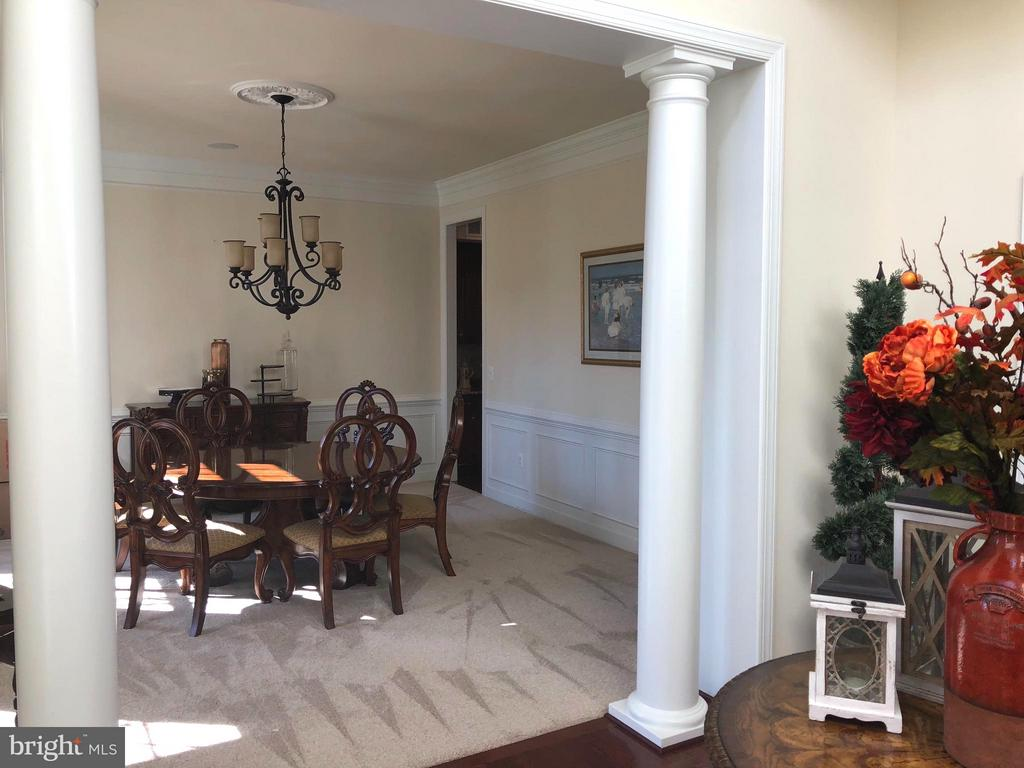 Formal Dining room. - 6 SCARLET FLAX CT, STAFFORD