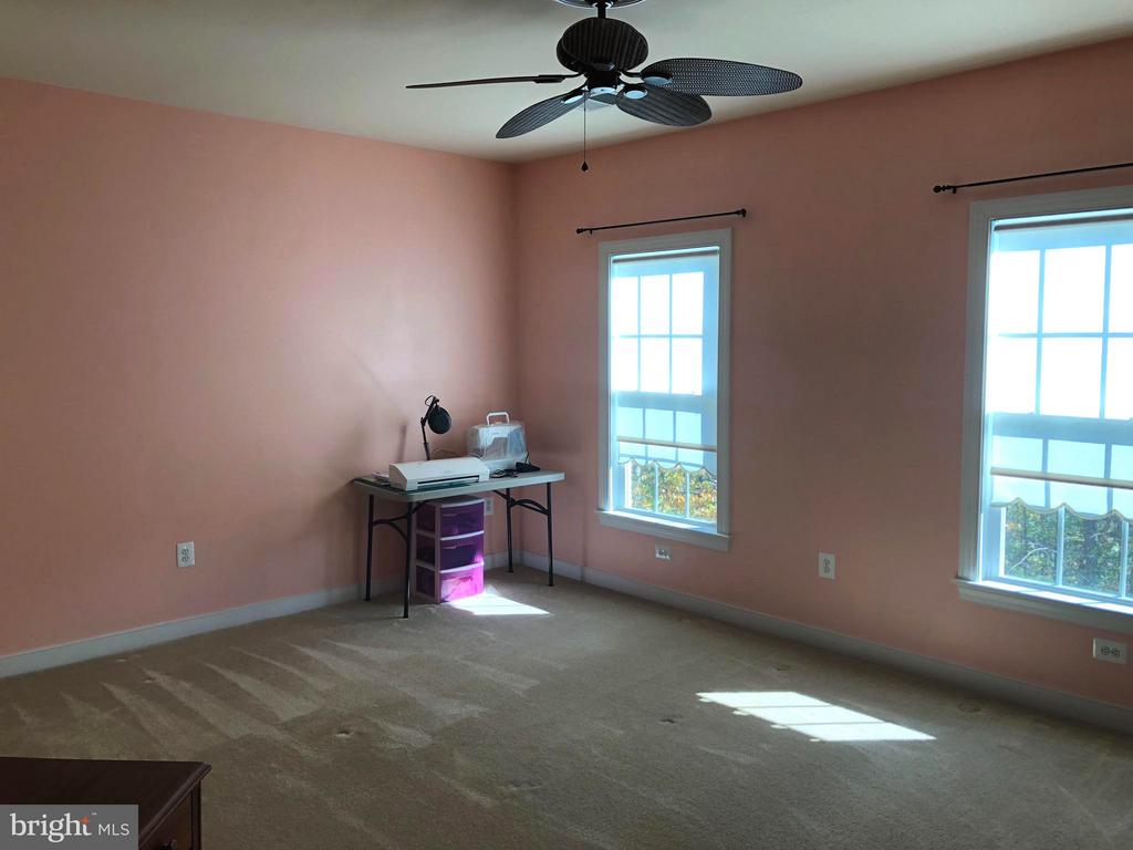 3rd bedroom upper level. - 6 SCARLET FLAX CT, STAFFORD