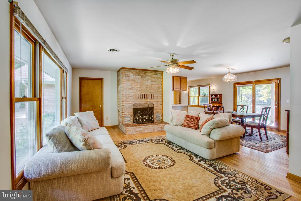 Warm Family Room - 4400 BRIGGS WAY, BUMPASS