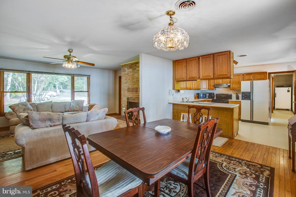 Dining Room Overlooking Family Room & Kitchen - 4400 BRIGGS WAY, BUMPASS