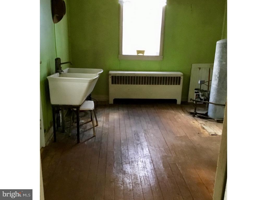 Mud Room - 1923 DETWILER RD, HARLEYSVILLE