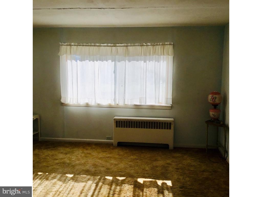 Living Room - 1923 DETWILER RD, HARLEYSVILLE