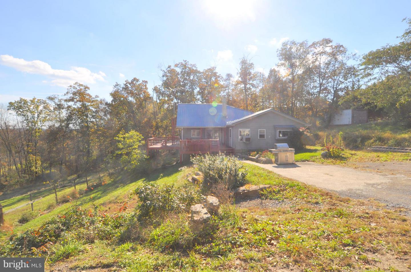 Single Family for Sale at 6521 Timber Ridge Rd Berkeley Springs, West Virginia 25411 United States