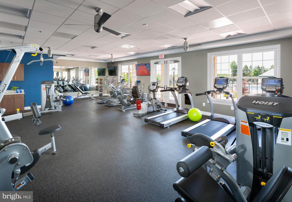 Community Fitness Gym - 41497 LAVENDER BREEZE CIR, ALDIE