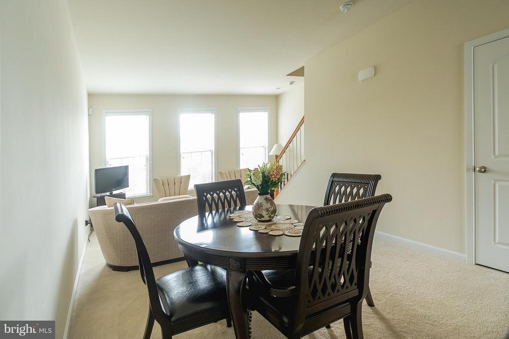 Living Room - 9228 PRESCOTT AVE, MANASSAS
