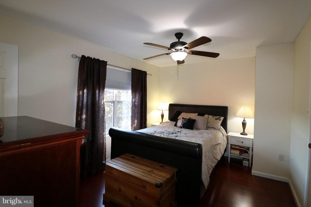 Bedroom (Master) - 529 BLACKSBURG TER NE, LEESBURG