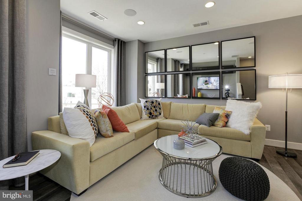 Living Room - 6910 ROCKLEDGE DR #LOT 25, BETHESDA