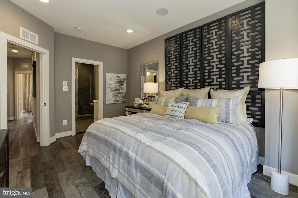 Bedroom (Master) - 6910 ROCKLEDGE DR #LOT 25, BETHESDA