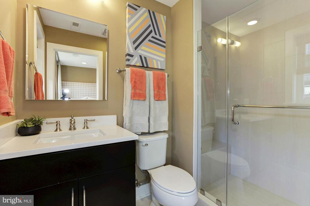 Bath - 6910 ROCKLEDGE DR #LOT 25, BETHESDA