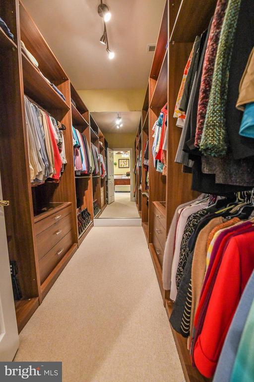 Bedroom (Master) - 18302 FAIRWAY OAKS SQ NE, LEESBURG
