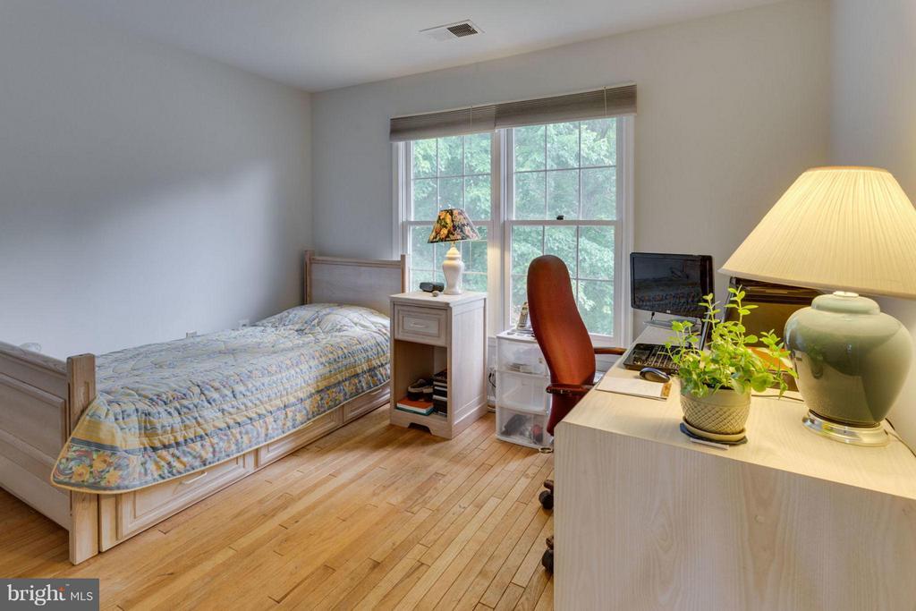 Bedroom #3 - 5401 HARROW CT, FAIRFAX