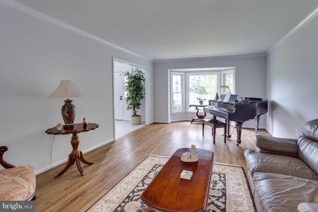 Formal living room - 5401 HARROW CT, FAIRFAX