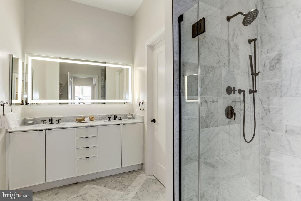 Marble flooring, countertops, and built-in shower - 1313 D ST SE, WASHINGTON
