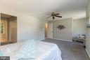 Bedroom (Master) - 4707 CARTERWOOD DR, FAIRFAX