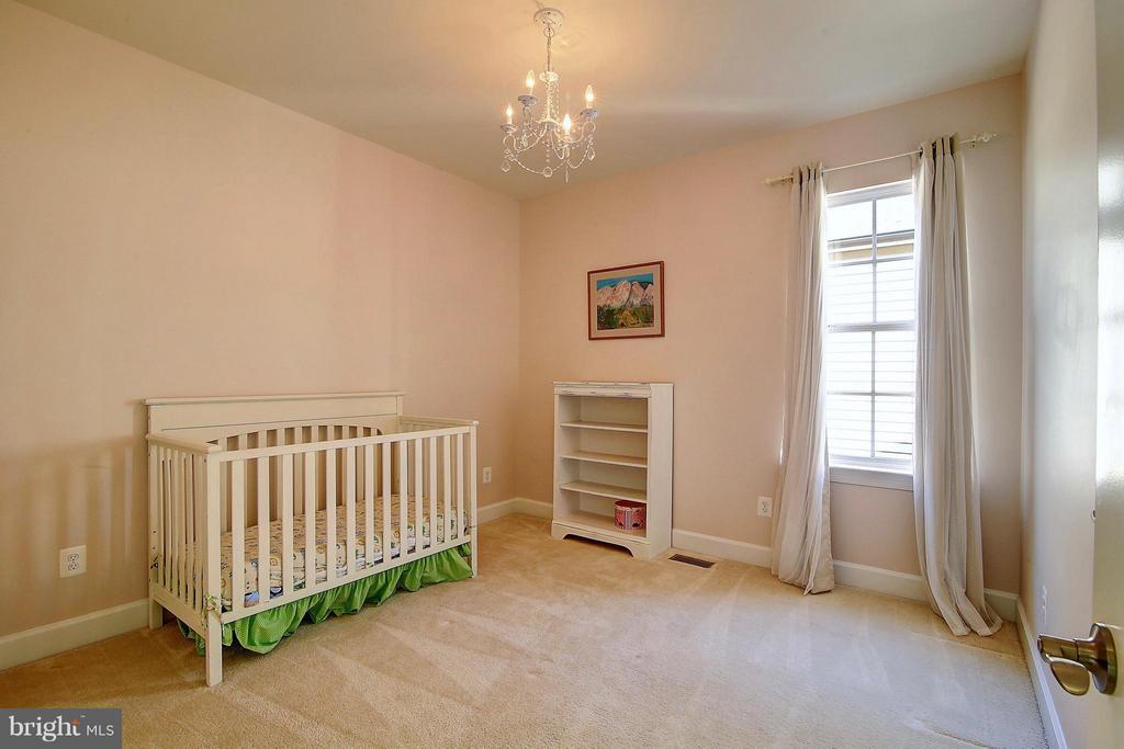 Bedroom - 20385 SAVIN HILL DR, ASHBURN