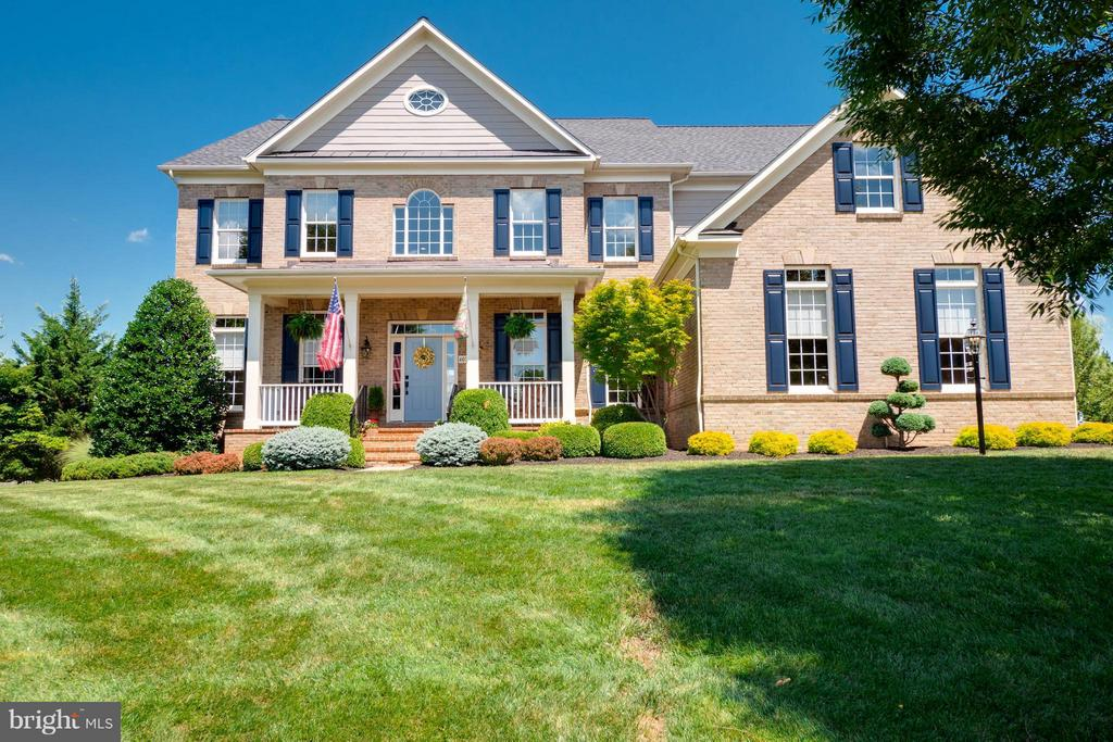 Welcome Home! - 40728 CHEVINGTON LN, LEESBURG