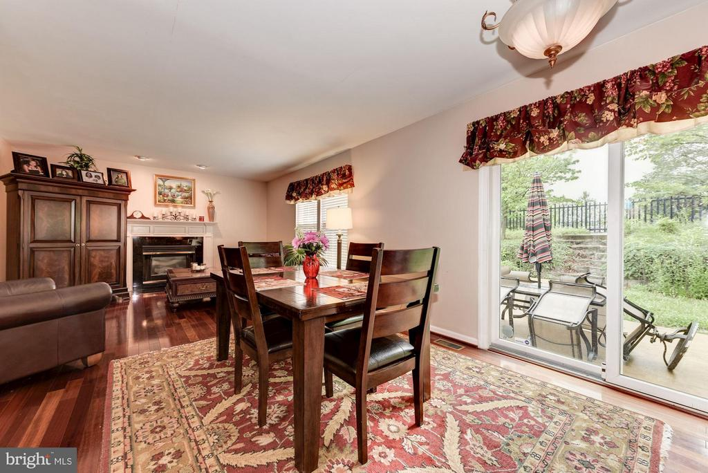 Breakfast Nook - 15311 EGRET CT, WOODBRIDGE