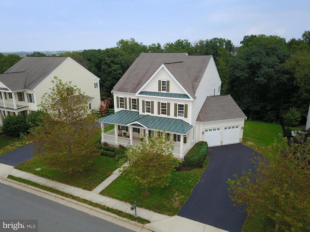 Welcome home! - 13534 VILLAGE GREEN DR, LEESBURG