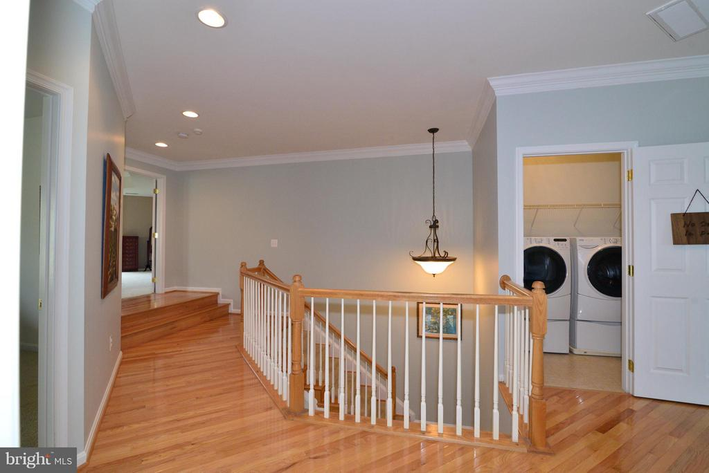 Laundry on 2nd level - 13534 VILLAGE GREEN DR, LEESBURG