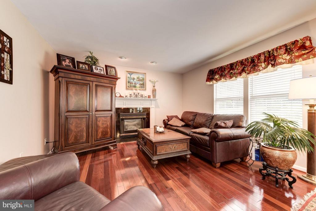 Family Room - 15311 EGRET CT, WOODBRIDGE