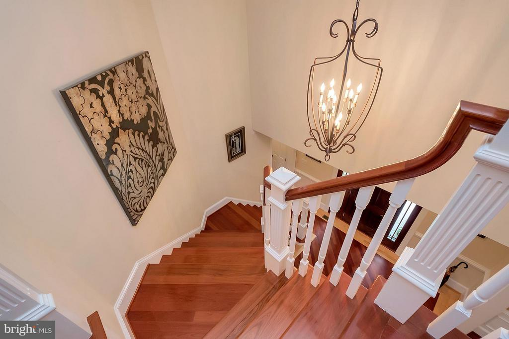 Grand Stairway - 11403 LITTLE BAY HARBOR WAY, SPOTSYLVANIA