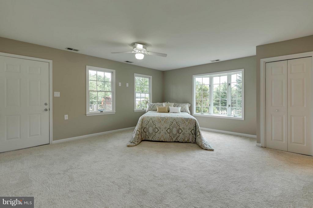 Bedroom (in-law suite) - 2708 CALKINS RD, HERNDON