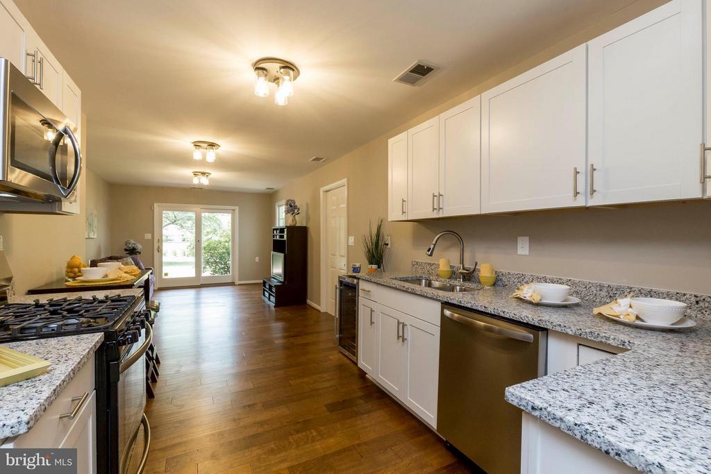 Kitchen - In-law suite - 2708 CALKINS RD, HERNDON